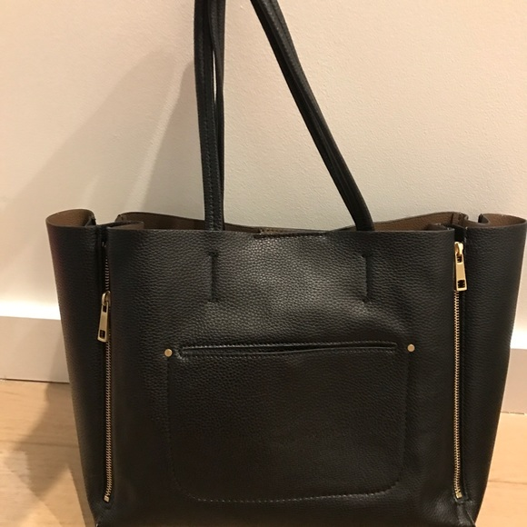 Ann Taylor Handbags - Ann Taylor Leather Bag